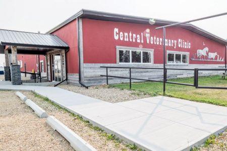 Central-Vet-Clinic-1.jpg